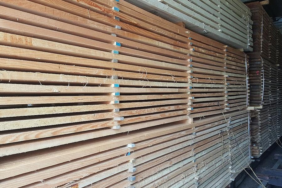 Douglas fir sawn timber